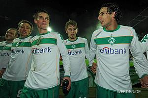Auffälligste Neuerung des Heimtrikots 2008/09: Der grüne Bruststreifen, auf dem mittig das Werder-Emblem prangte (Foto: nordphoto).