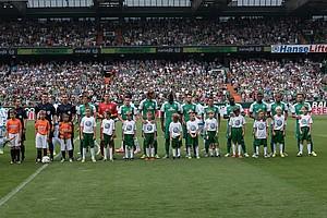 Erstmals seit vier Jahren findet der grün-weiße Saisonauftakt wieder im Weser-Stadion statt. Zu Gast: FC Schalke 04 (Foto: nordphoto).