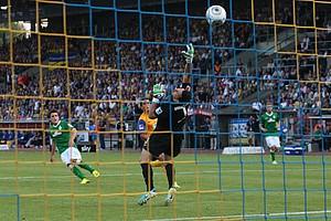Zlatko Junuzovic erzielte gegen die Niedersachsen aus rund 14 Metern den 1:0-Siegtreffer (Archivfoto: nordphoto).