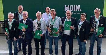Vereinsmitglieder wurden für ihre langjährige Mitgliedschaft geehrt.