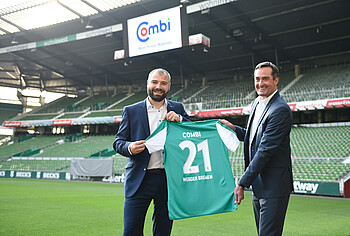 Vertragsunterschrift mit Werder-Partner Combi.