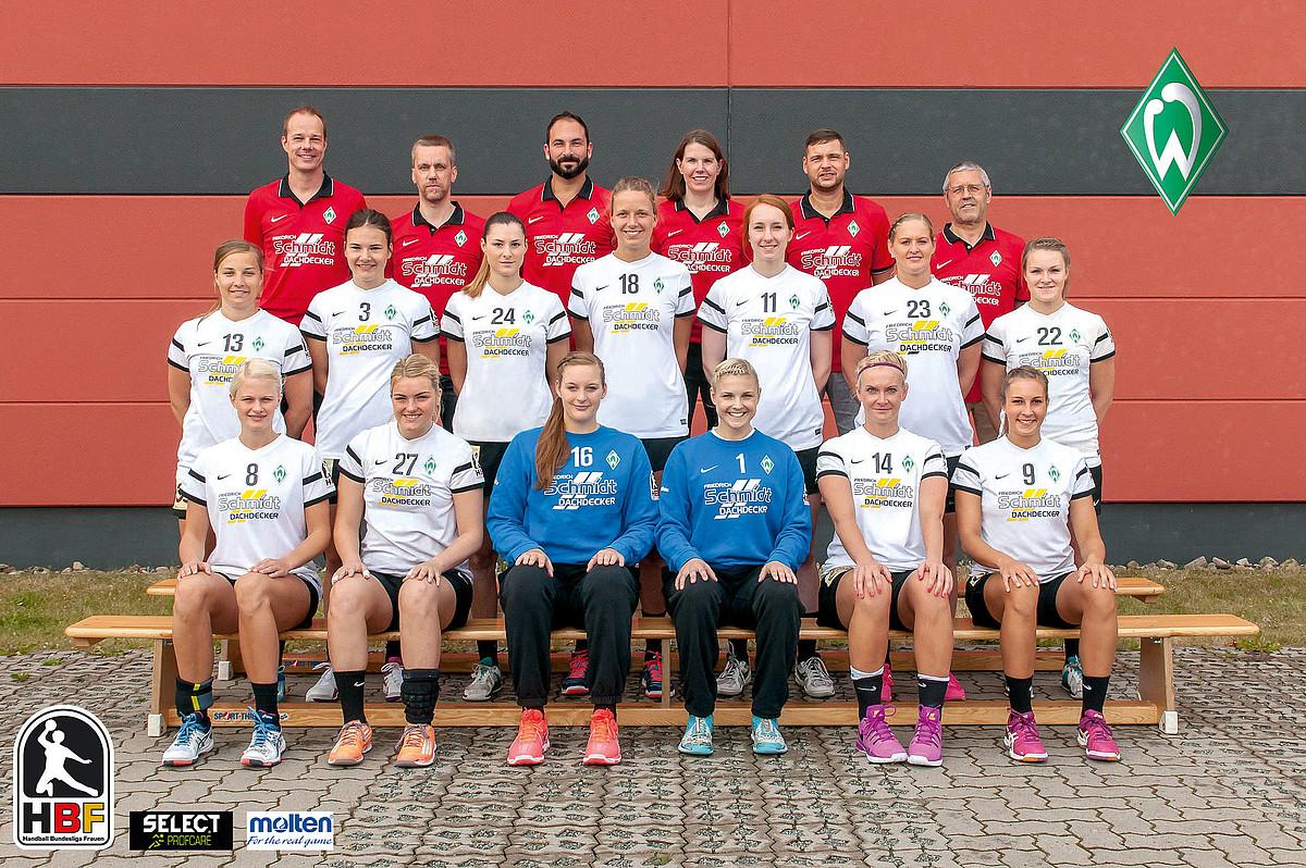 Das Teamfoto der 1. Frauen aus der Saison 2016/2017.
