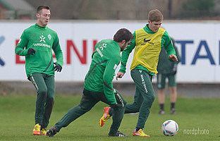 Training mit Sokratis und Co.: Mit Beginn der Wintervorbereitung 2012 gehörte der Stürmer zum Profikader der Grün-Weißen.