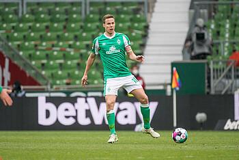 Niklas Moisander im Spiel gegen RB Leipzig.