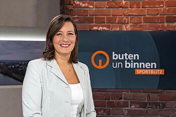 Sportjournalistin Pascale Ciesla im buten un binnen sportblitz-Studio.