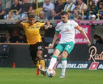 Milos Veljkovic als Kapitän im Spiel gegen Dresden.