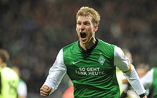 2009 gab es bei Werder einen Ausrüsterwechsel: Der Sportartikelhersteller Nike entwirft seitdem die Werder-Trikots (Foto: nordphoto).