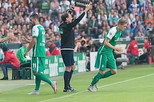 Nach knapp einer Stunde feierte der US-Amerikaner Aron Jóhannsson sein Debüt für Werder Bremen (Foto: nordphoto).