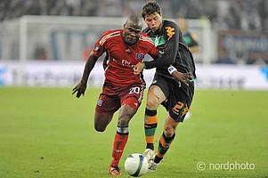 Nach dem Sieg im DFB-Pokal-Halbfinale traf Werder nur zwei Wochen später wieder auf den HSV - im UEFA-Cup-Halbfinale.